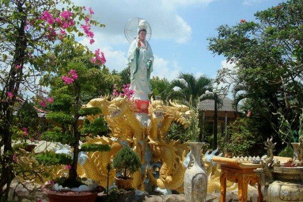 Cảm giác thật tĩnh lặng và tâm hồn thư thái tại chùa