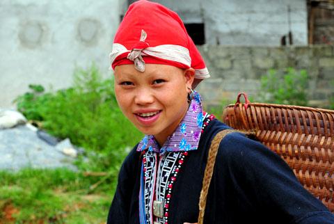 Vẻ đẹp mộc mạc của các cô gái dân tộc vùng Tây Bắc
