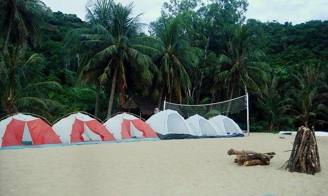 Cắm trại trên đảo Cù Lao Chàm.