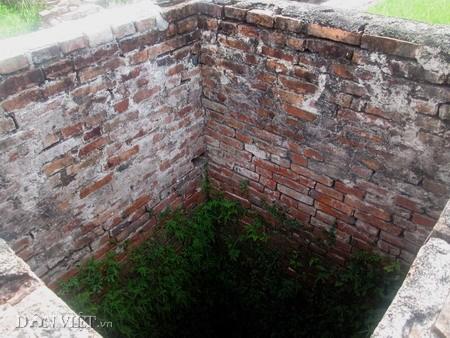 Những giếng vuông còn lại trong Cung