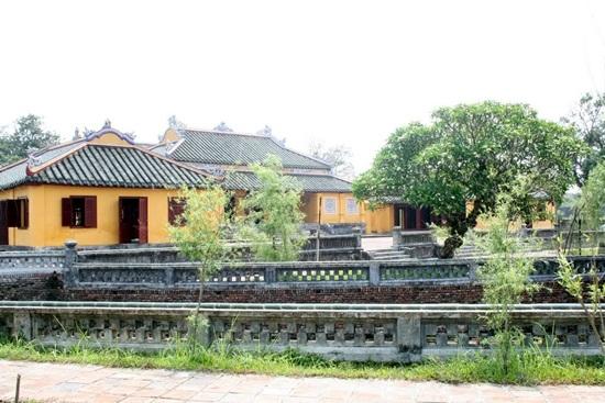 Khuôn viên cung Trường Sanh