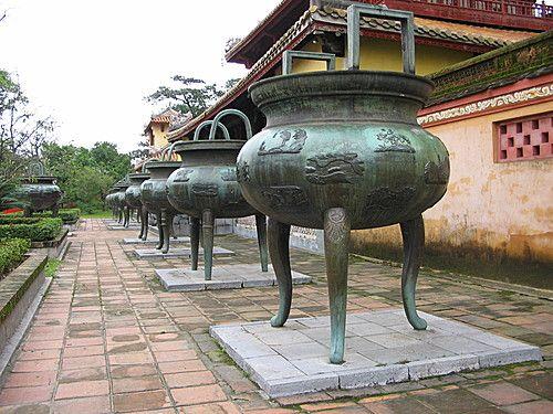 Cửu Đỉnh biểu thị ước mơ về sự trường tồn mãi mãi của triều đình nhà Nguyễn và sự giàu đẹp của đất nước