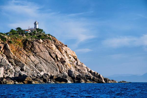Một góc ảnh tuyệt đẹp về hải đăng Hòn Chút