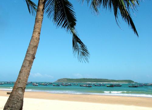 Vẻ đẹp Đảo Hòn Chùa ...