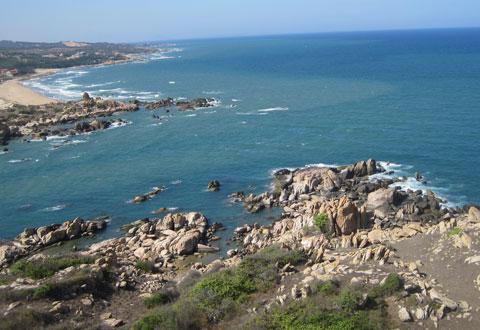 Được giới du lịch đánh giá là nơi có cảnh trí đẹp nhất vùng biển Hàm Thuận Nam.