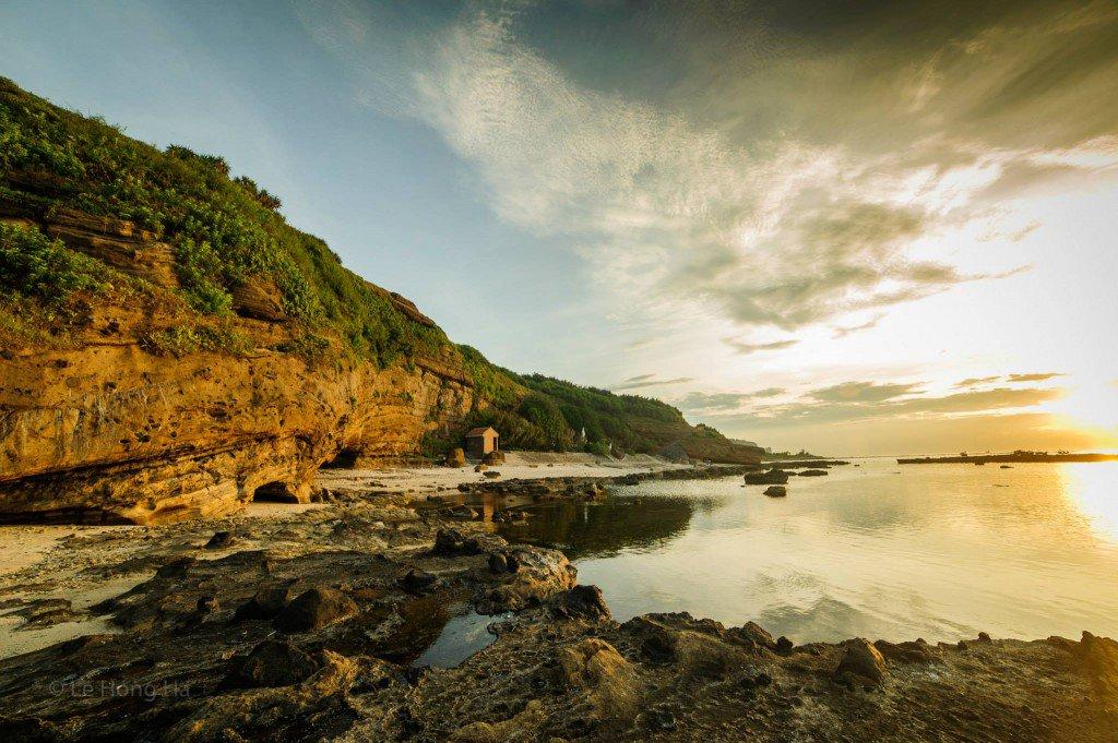 Hồ nước ngọt trên đỉnh núi Thới Lới, đảo Lớn – Lý Sơn.