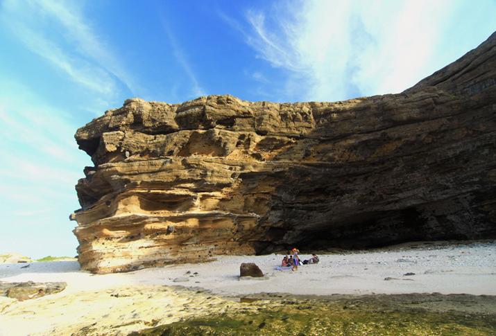 Hang Câu - Đảo Lý Sơn