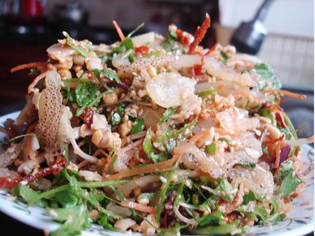 Đặc sản đảo lý sơn - Món gỏi sứa hấp dẫn