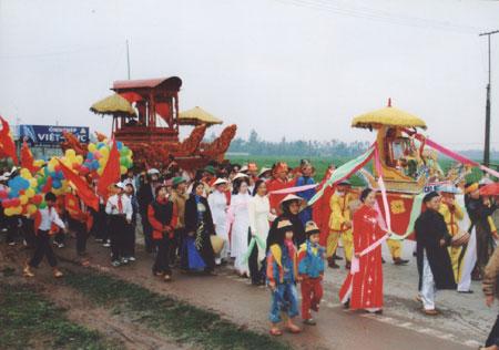 Lễ hội Đền Cuông