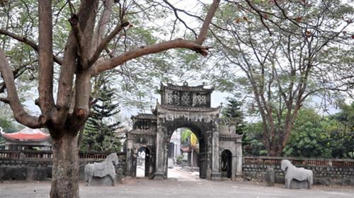 Cổng đền