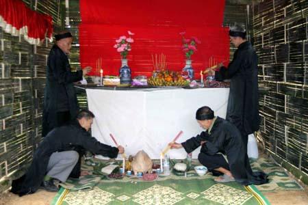 đền thờ nàng han
