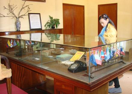 Phòng làm việc của Vua Bảo Đại