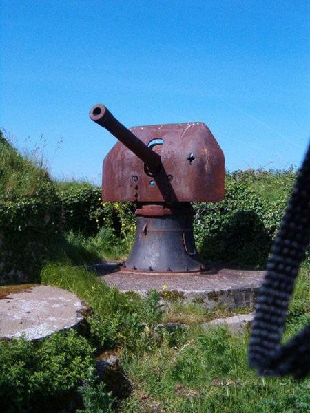 Ụ pháo trên pháo đài Rạch Cát.