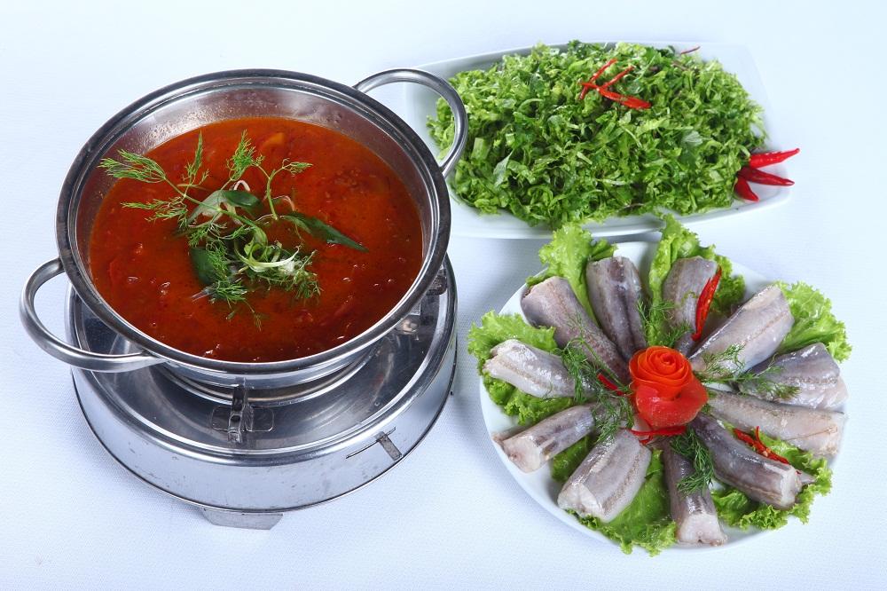 Món ngon Đồng Hới, Quảng Bình: Lẩu cá khoai.