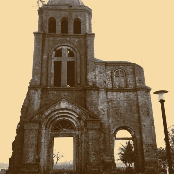 nhà thờ tam tòa quảng bình