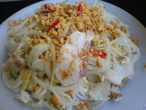 Món ngon Đồng Hới, Quảng Bình: Gỏi cá.