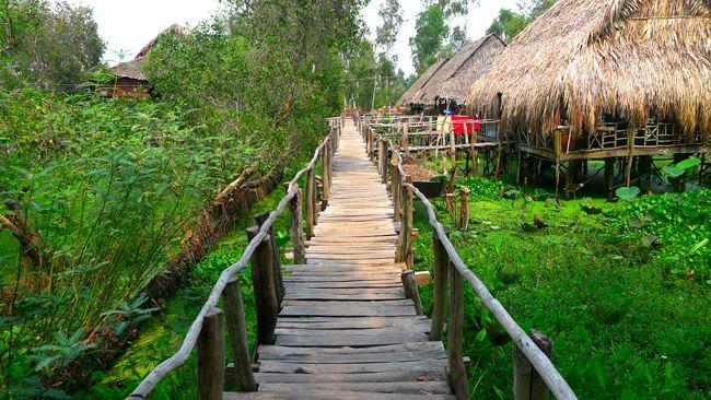 Khu du lịch sinh thái Gáo Giồng.