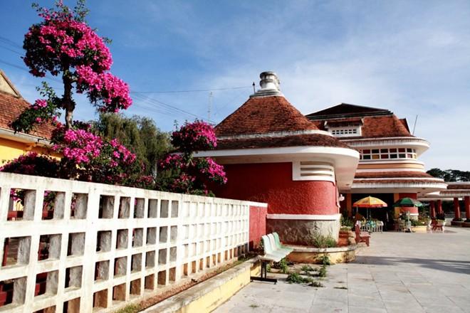 Nhà ga Đà Lạt có hình dáng như núi Lang Biang hùng vĩ