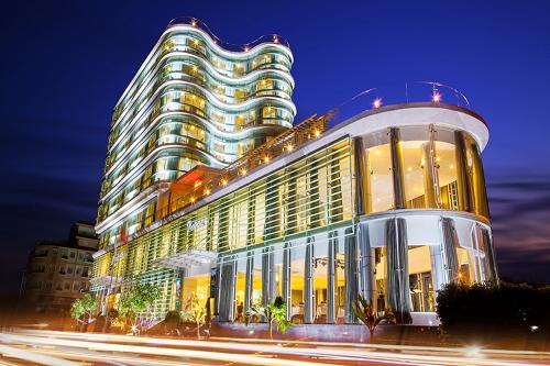 Một khách sạn khá lớn ở Hà Tiên
