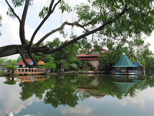 vẻ đẹp thơ mộng hồ Bình An