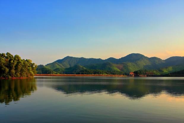 Thời điểm thích hơp đến hồ Núi Cốc là từ tháng 9 đến tháng 3.