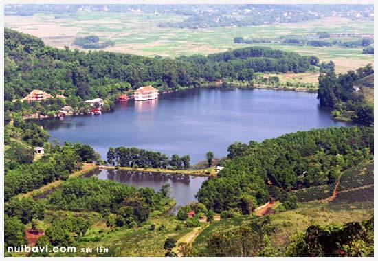 Toàn cảnh khu sinh thái nhìn từ trên cao