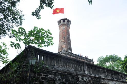 Cột cờ Hà Nội nay.