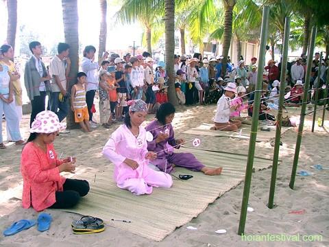 Lễ hội làng chài 2009