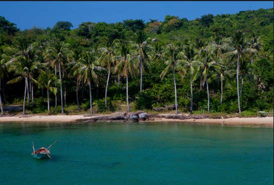 Nước biển xanh ngắt