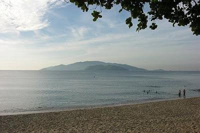 Hòn Tre nhìn từ Nha Trang