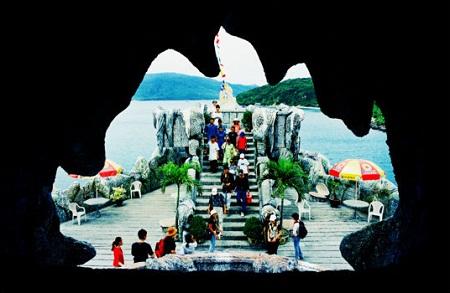Hồ cá Trí Nguyên - Thủy cung Nha Trang