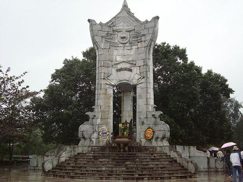 Đài tưởng niệm Khe Sanh