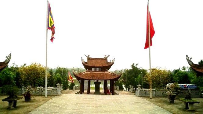đền thờ quốc tổ Lạc Long Quân