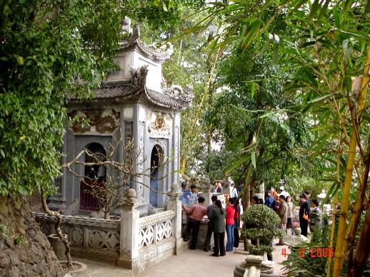 Lăng mộ vua Hùng thứ 6