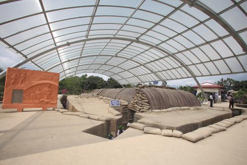 Nay toàn bộ phần mái của hầm đã được làm mới, để bảo vệ di tích trước thời tiết khắc nghiệt