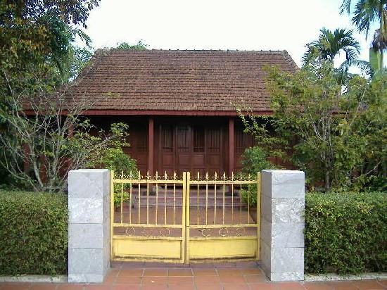 Ngôi nhà gỗ TBT Lê Duẩn