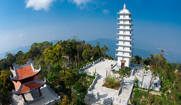 Tháp Linh Phong Tự - Khu du lịch tâm linh - Bà Nà Hill