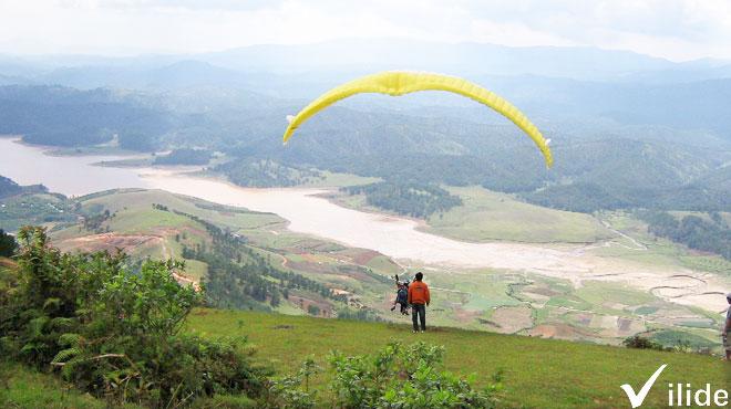 Dịch vụ du lượn trên đỉnh LangBiang
