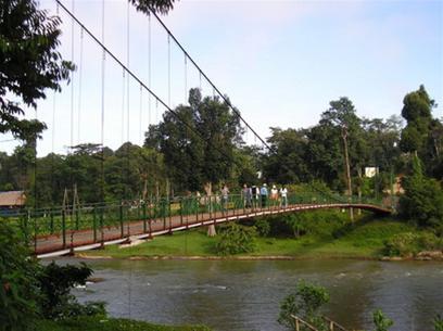 Cầu treo Madagui