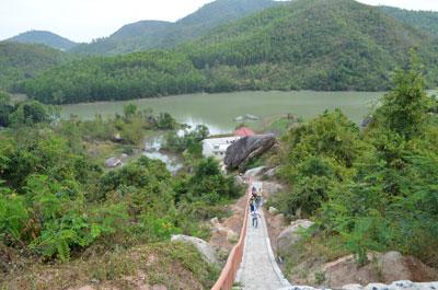 Khu du lịch sinh thái Hồ Kênh Hạ