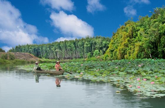 Làng nổi Tân Lập là địa điểm du lịch lý tưởng...