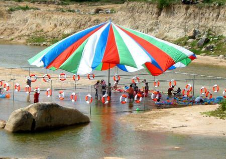 Khu du lịch Waterland suối Thạch Lâm bắt đầu hoạt động