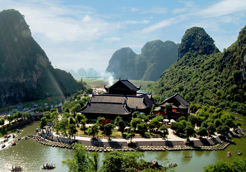 Toàn cảnh khu du lịch sinh thái Tràng An