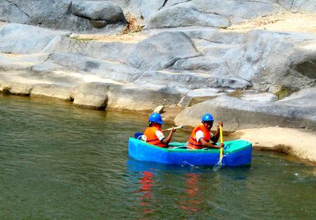 Khu du lịch Suối Thạch Lâm