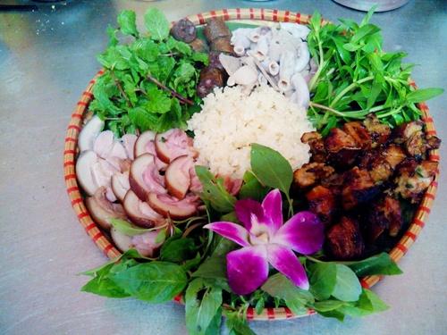 Lợn Mán, món ngon ở Tam Đảo.