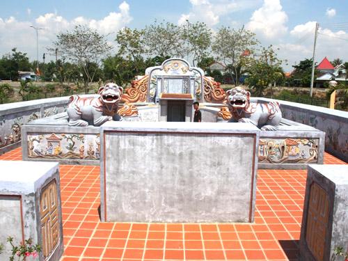 Lăng Bà Vú - Ảnh: Nguyễn Chung
