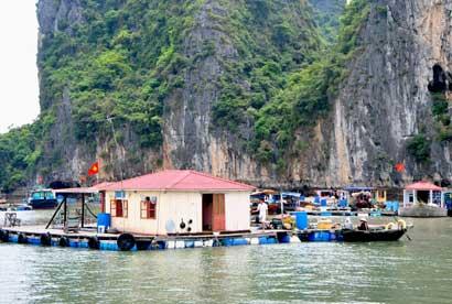 Làng Chài Ba Hang