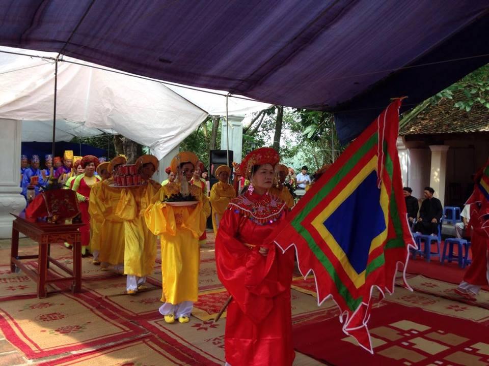 Đường Lâm mùa lễ hội