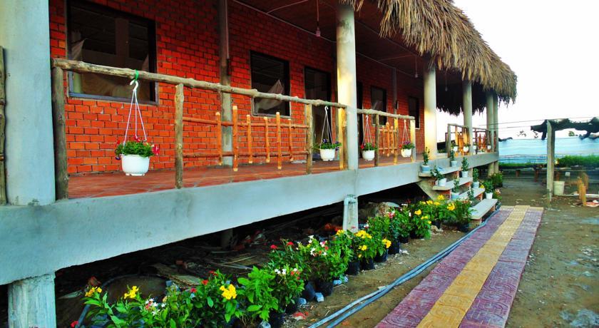 Một homestay của người dân phục vụ lưu trú cho khách du lịch ở làng hoa Sa Đéc.