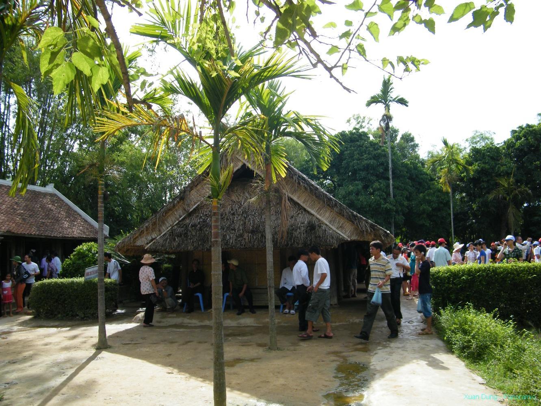 Ngôi nhà Chủ tịch Hồ Chí Minh ra đời